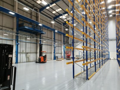 HV Transformer Manufacturer chooses LEDs with DALI controls over T5 for new Warehouse